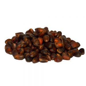 Кедровый орех в скорлупе
